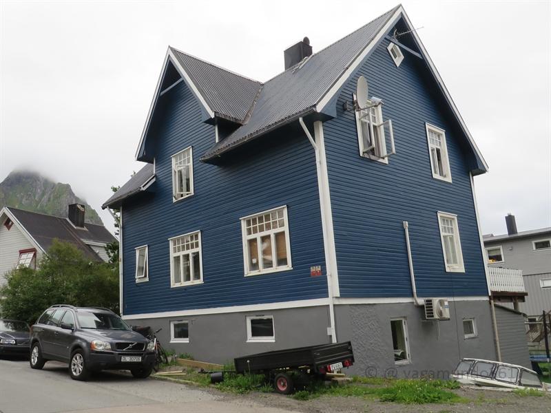 Blaue Häuser holzhäuser in norwegen